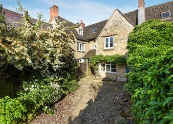 Thumbnail 3 bed property for sale in Bridge Street, Witney, Oxfordshire
