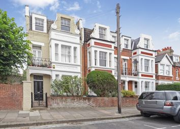 Thumbnail 2 bed flat to rent in Gartmoor Gardens, London