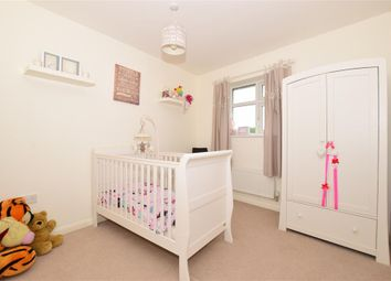 Thumbnail 2 bedroom flat for sale in Sherwood Park Avenue, Sidcup, Kent