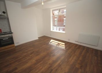 Thumbnail 1 bed flat to rent in Commercial Road, Grantham