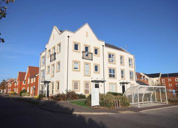 Nightingale Avenue, Goring-By-Sea, Worthing BN12. 2 bed flat for sale