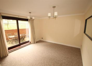 2 bed flat to rent in Church Street, Brighton BN1