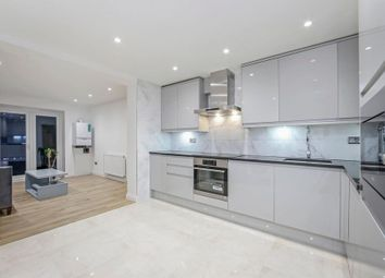 4 bed semi-detached house to rent in Romney Close, London SE14