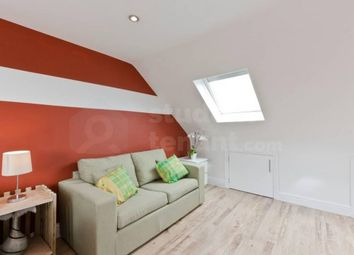 Room to rent in Winchester Avenue, Hounslow, Middlesex TW5