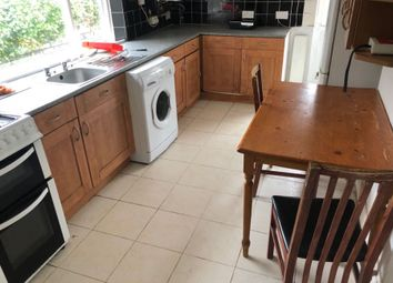 Thumbnail 6 bed terraced house to rent in Stanley Street, Luton