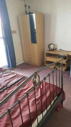 Thumbnail Room to rent in Galleon House, Glengarnock Avenue, Canary Wharf