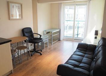 Thumbnail 1 bed flat to rent in Queen Street, Hull