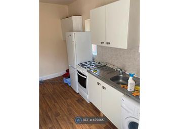 2 bed flat to rent in High Road Leyton, London E10
