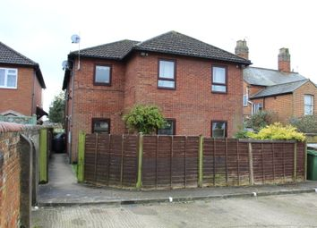 Thumbnail 2 bedroom flat to rent in Tring Road, Aylesbury