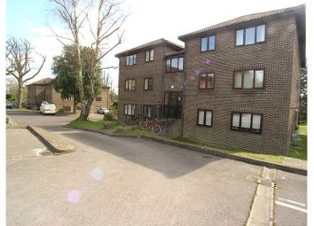 Thumbnail 1 bed flat to rent in Calluna Court, Heathside Road, Woking