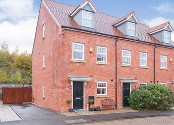 Thumbnail 3 bed town house for sale in Rendle Close, Northwich