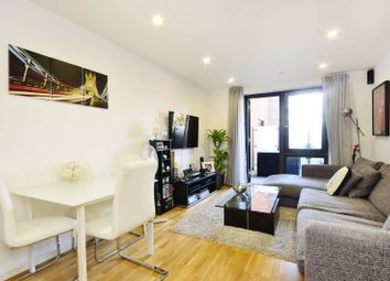 Thumbnail 2 bed flat to rent in Chartfield Avenue, Putney