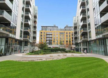 Thumbnail 1 bed flat to rent in Osiers Road, Wandsworth, London