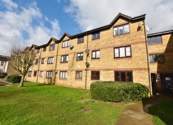 Thumbnail 2 bed flat for sale in Southwold Road, North Watford