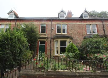 Thumbnail 6 bed town house to rent in Grange Road, Darlington