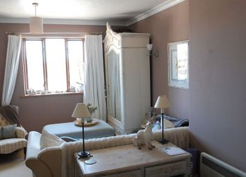 Thumbnail 1 bed flat for sale in Linden Drive, Liss