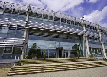 Thumbnail Serviced office to let in Fairbourne Drive, Milton Keynes