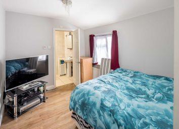 3 bed maisonette for sale in High Street, London E13