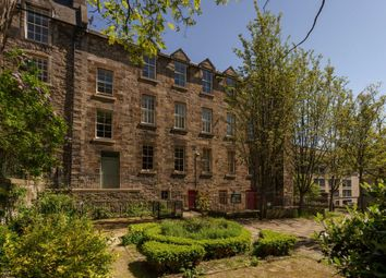 Thumbnail 1 bedroom flat for sale in 3/6 Coinyie House Close, Edinburgh