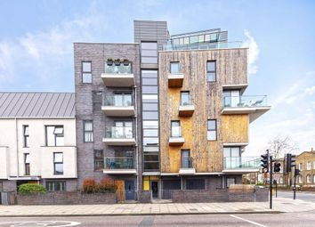 2 bed flat for sale in Richmond Road, London E8