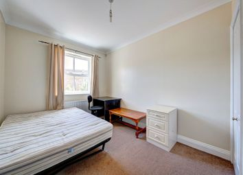 Thumbnail 3 bedroom flat to rent in Leathermarket Court, London