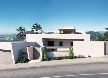 Thumbnail 5 bed villa for sale in Los Arqueros, Malaga, Spain