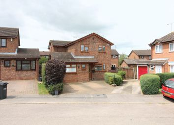 Thumbnail 4 bedroom detached house for sale in Albury Close, Luton