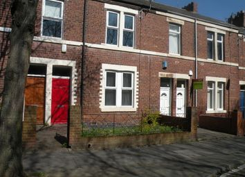 Thumbnail 1 bed flat to rent in Holly Avenue, Wallsend