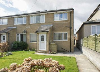 Thumbnail 2 bed flat to rent in Greensleeves, Bingley, West Yorkshire