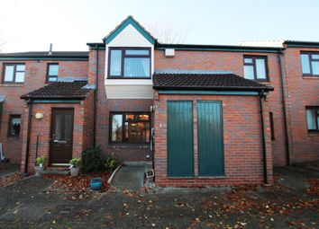 2 bed flat for sale in Sandal Hall Mews, Wakefield WF2