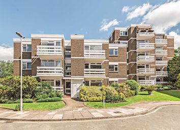 Thumbnail 2 bed flat to rent in Mountcombe Close, Surbiton