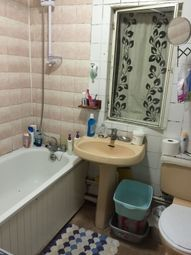 Thumbnail 2 bedroom flat to rent in Beresford Gardens, Hounslow