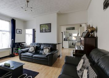 Thumbnail 1 bedroom flat for sale in Sutton Road, Southend On Sea, Essex