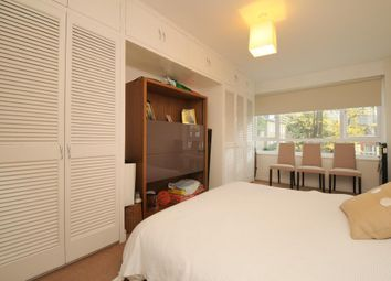 Thumbnail 2 bed flat to rent in Dartmouth Road, Willesden Green, London