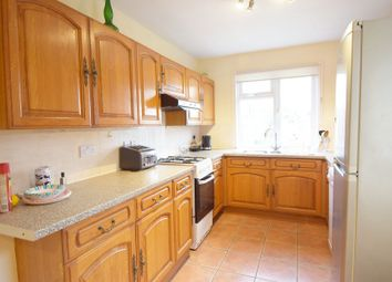 3 bed semi-detached house to rent in Hill Rise, Greenford UB6
