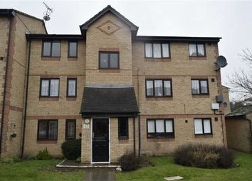 Thumbnail 1 bed flat to rent in Chestnut Road, Basildon, Essex