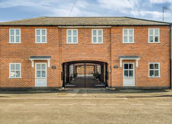 3 bed mews house for sale in New Broad Street, Stratford-Upon-Avon CV37