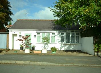 Thumbnail 4 bedroom detached bungalow for sale in Avenue Road, Leicester