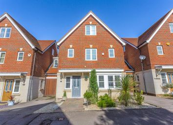 Thumbnail 5 bed link-detached house for sale in Montgomery Way, Kenley