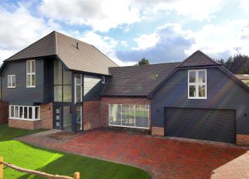 Thumbnail 5 bed detached house for sale in Warmlake Orchard, Maidstone Road, Sutton Valence