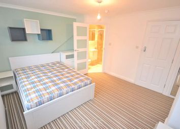 Thumbnail Room to rent in Granby Gardens, Reading, Berkshire, - Room 3
