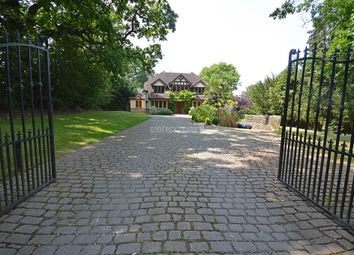 Thumbnail 5 bed detached house for sale in Arkley Lane, Arkley, Barnet
