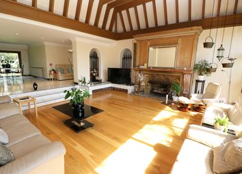 Thumbnail 4 bed bungalow to rent in Manor Hall Avenue, London