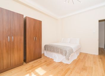 Room to rent in Hall Road, Marylebone, Central London NW8