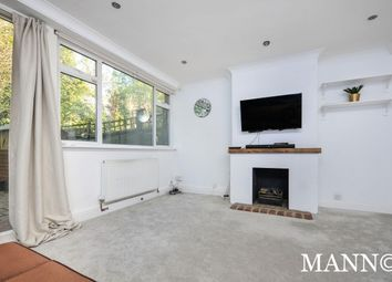2 bed maisonette to rent in River Park Gardens, Bromley BR2