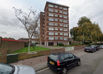 Thumbnail 2 bed flat to rent in Hepworth Court, Barking, Greater London