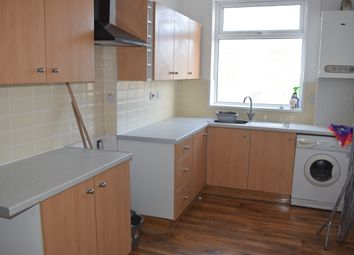 Thumbnail 3 bedroom flat to rent in Kieghley Rd, Bradford