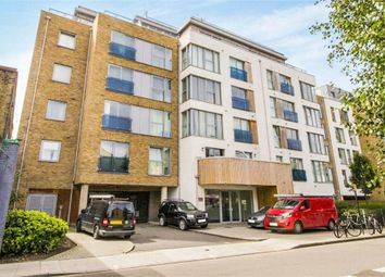 Thumbnail 2 bed flat to rent in Glenthorne Road, Hammersmith, London