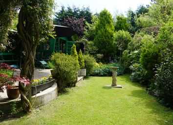 Thumbnail 6 bed property for sale in Peasholm Road, Scarborough