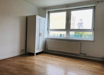 3 bed flat to rent in Headlam Street, London E1